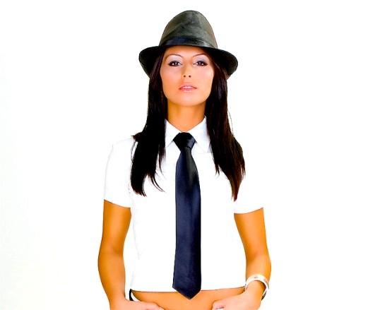 Краватка в жіночому одязі