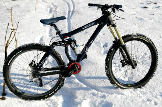 Як кататися на велосипеді взимку?