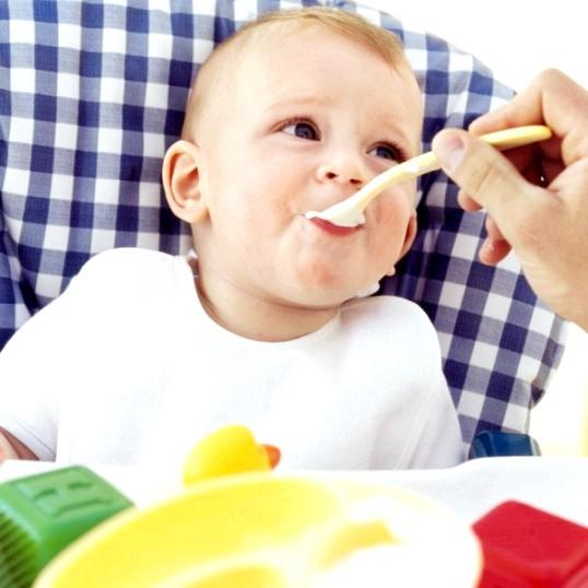 Як почати прикорм малюка