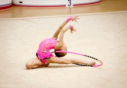 Як почати займатися художньою гімнастикою