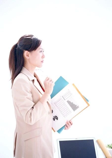 Як одягатися секретарю
