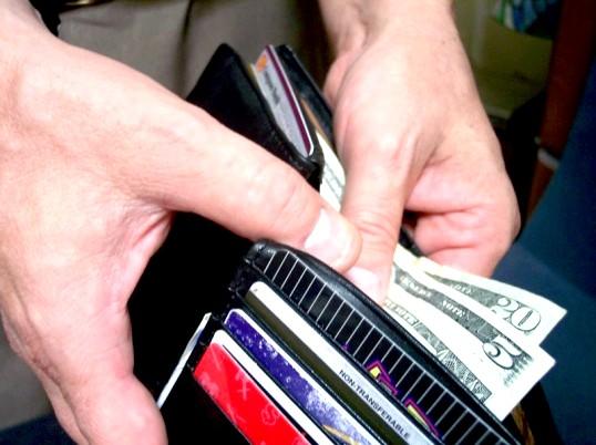 Як перевезти за кордон гроші