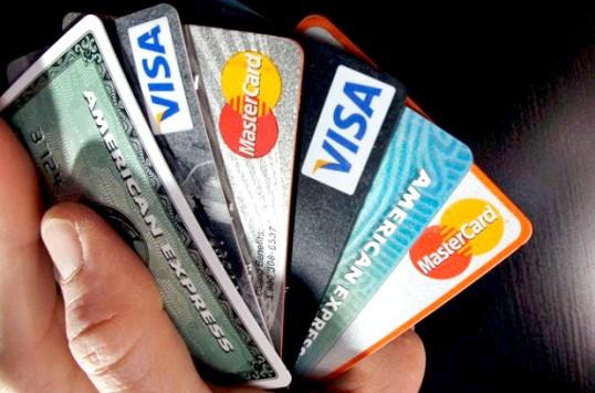 Як правильно вибрати кредитну карту