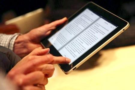 як закачати книги на ipad