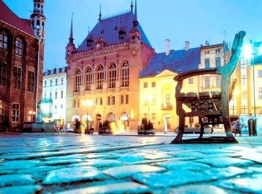 Як перевести гроші в Польщу