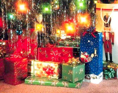 Як догодити новорічними подарунками дітям