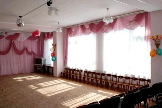 Як прикрасити музичний зал в дитячому садку