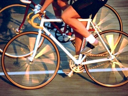 Які м'язи гойдаються на велосипеді