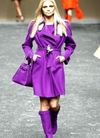 Пальто бузкового кольору