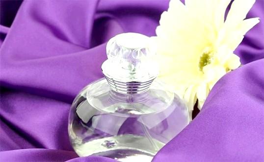 Як дізнатися підробку парфумів
