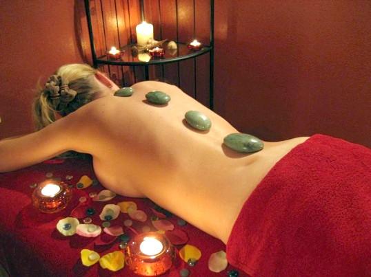 Масаж гарячими каменями - користь і протипоказання