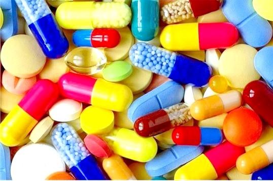Основні вітаміни для жінок різного віку