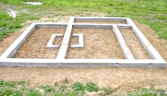 Секрети будівництва стрічкового фундаменту