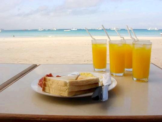 Чим краще харчуватися на сніданок