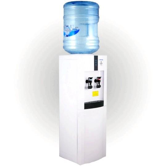 Чим небезпечна вода з офісних кулерів?