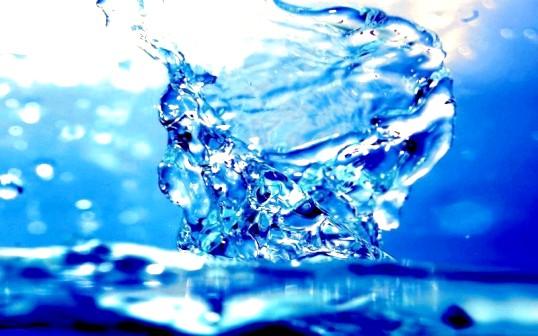 Що робити з хрещенській водою