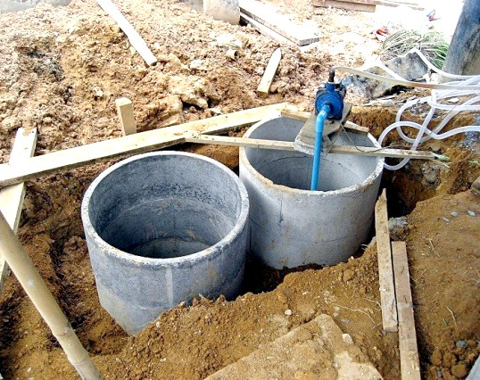 Що краще: система каналізації або септик з бетонних кілець?