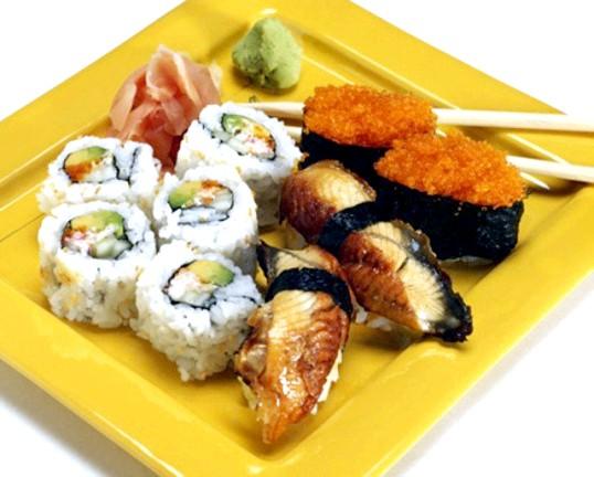 Японська кухня: чи корисні суші і роли?