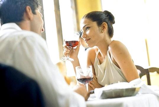 Мова тіла: як дізнатися чи бреше вам чоловік