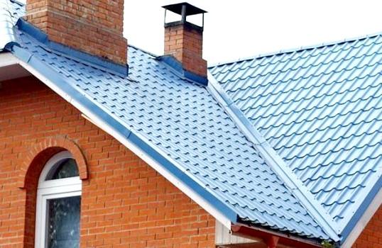 Шифер або металочерепиця - чим краще крити дах