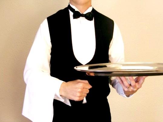 Чи складно працювати офіціантом