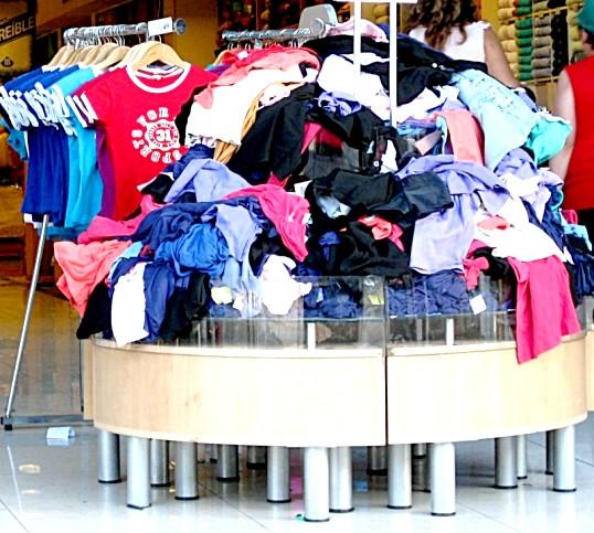 Що потрібно для відкриття магазину одягу