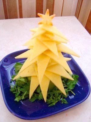 Прикрашаємо Новорічний стіл: робимо ялиночки з сиру