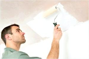 Уроки ремонту: як побілити стелю